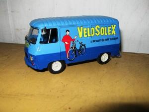 VeloSoleX scale, legetøjsbil.